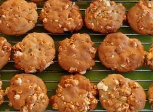 popcorn cookies rack